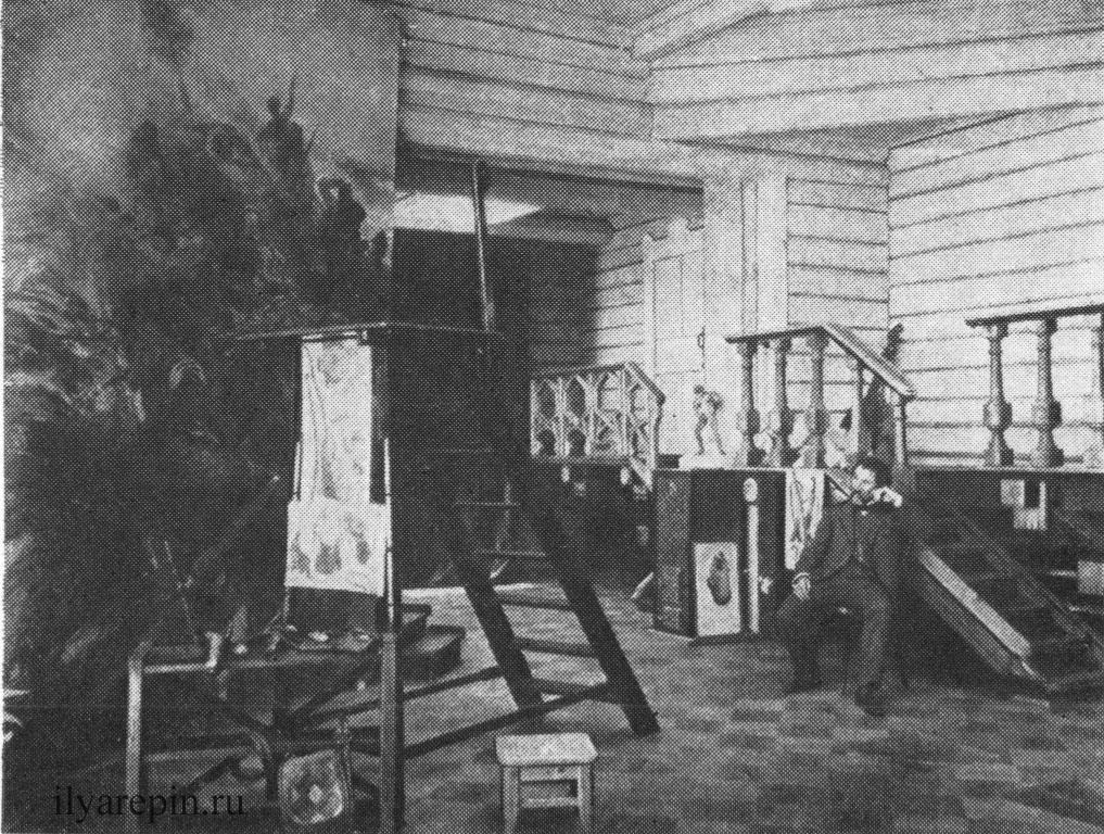 И. Е. Репин в мастерской перед картиной «Черноморская вольница». Фотография 1906 г.