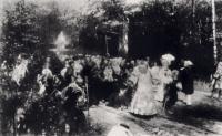 Крестный ход в дубовом лесу 1877-1891